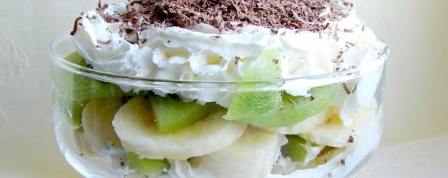 Банановый десерт с киви