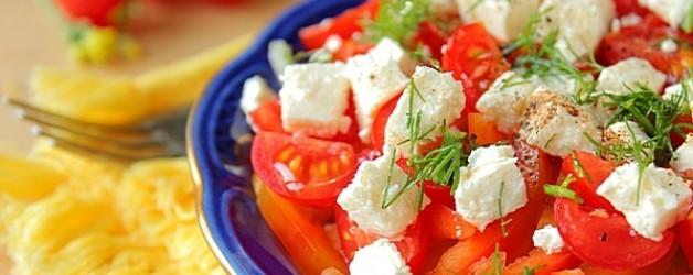 Картофельный салат с фетой и помидорами черри