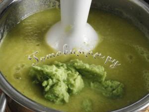Суп-пюре из кабачков и авокадо