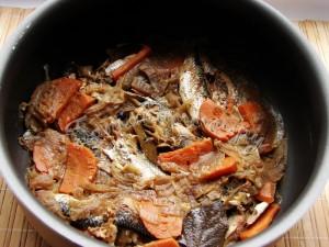 Тушеная рыба или консервы в домашних условиях