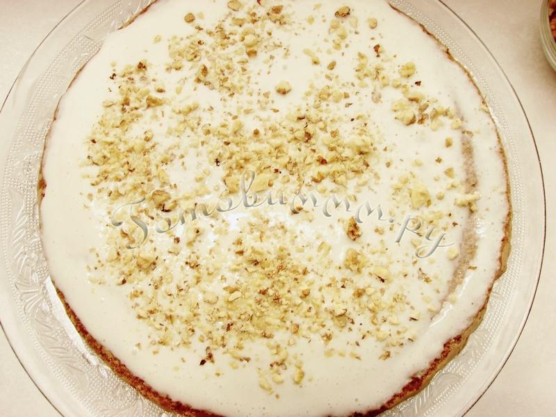 Бисквитный торт со сметанным