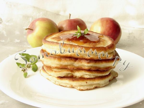 Оладьи с яблоками рецепт с фото