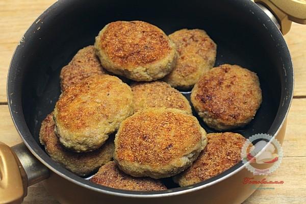 Котлеты из свинины с картофелем